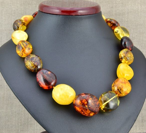 Stunning Amber Necklace Made of Larger Amber Beads. [Free Shippin