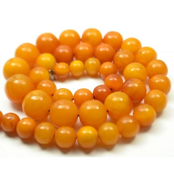 54 g. Vintage 100% natural Baltic amber neckla