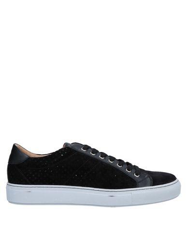 Giorgio Armani Sneakers - Men Giorgio Armani Sneakers online on .