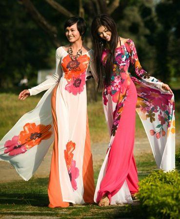 Traditional Asian fashions | Fashion, Asian fashion, Traditional .
