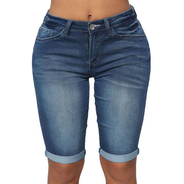Vintage Low Rise Denim Bermuda Shorts for Women Elegant Ladies .