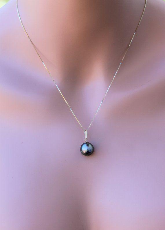 Black Tahitian pearl, Black Pearls, Tahitian Pearls, Yellow gold .