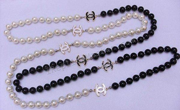 Chanel White/Black Pearl Necklace Replica - $118 : Swiss Replica .