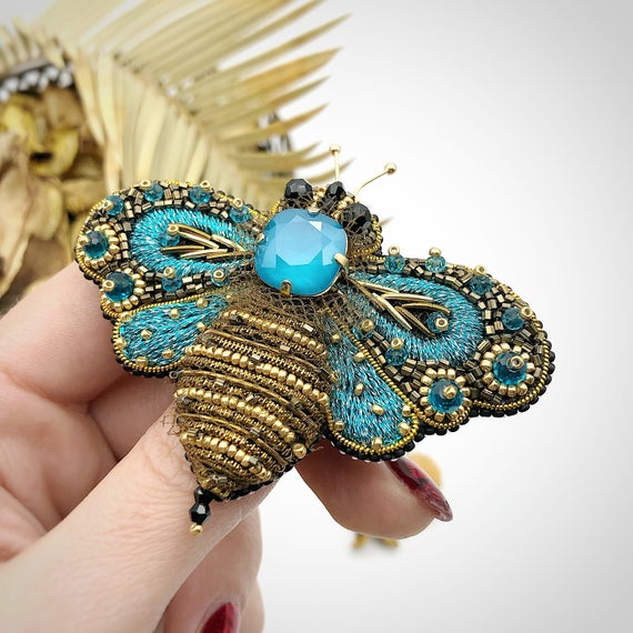 Embroidered Blue Butterfly Brooch with Turquoise Swarovski | Et