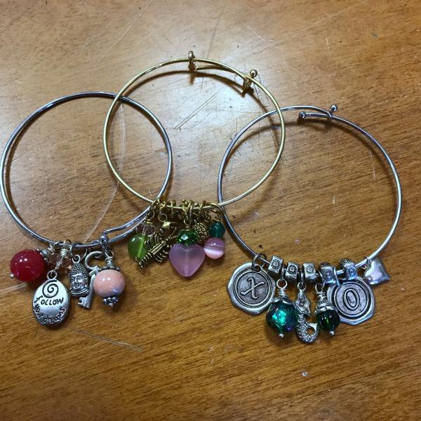 Charm Bracelets for Kids 8/23/18 – EOS Designs Stud