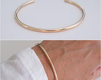 14K cuff bracelet hammered classic cuff wire 14K | Et