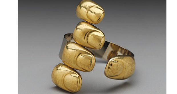 Contemporary Jewelry Takes a Stand | Modern Magazi