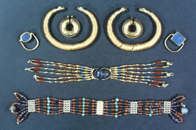 Ancient Egyptian Jewelry | LoveToKn