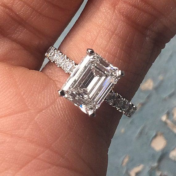 Emerald Cut Diamond Engagement Ring E VS2 Set In | Et