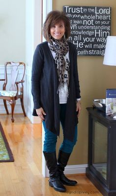 casual chic styles for women over 50 - Google Search | Over 50 .