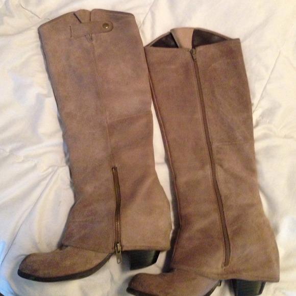 Fergie Shoes | Grey Suede Ledger Boots | Poshma