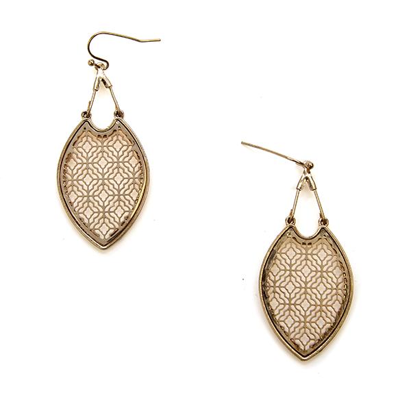 Earring 1286b 50 It's Sense contemporary filigree earrings gold .