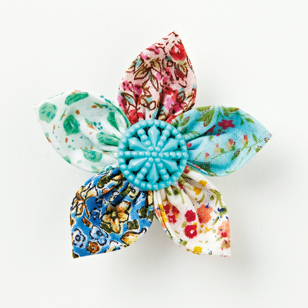 How to make a fabric flower brooch - Mollie Mak