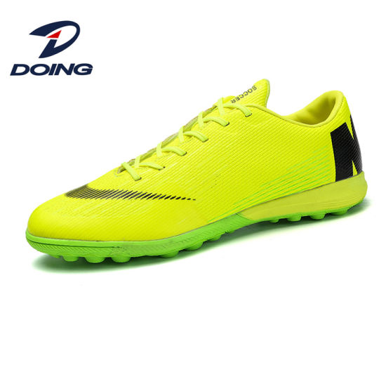 China Football Shoes Indoor Men Shoes Football OEM Football Shoes .