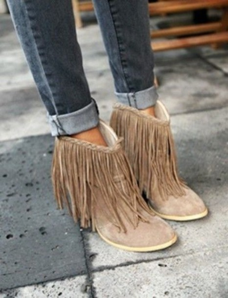 shoes, clothes, shoes booties brown heels, fringes, fringe shoes .