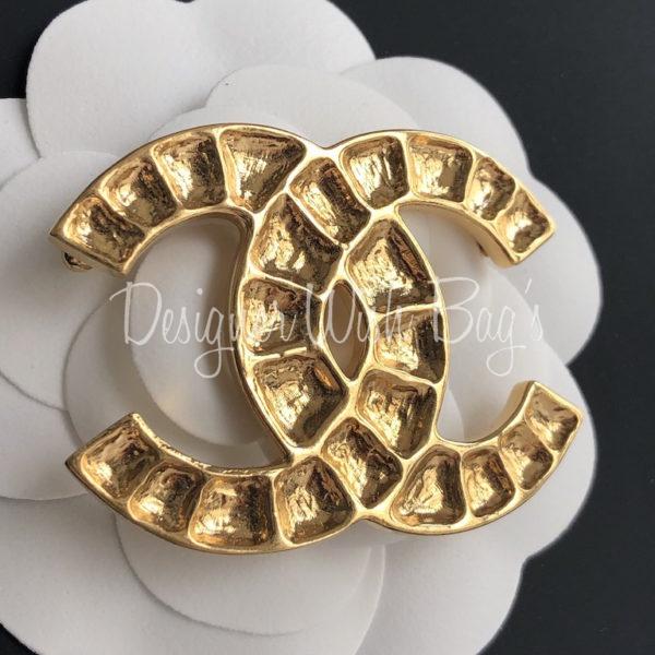 Chanel Brooch CC Gold 19A