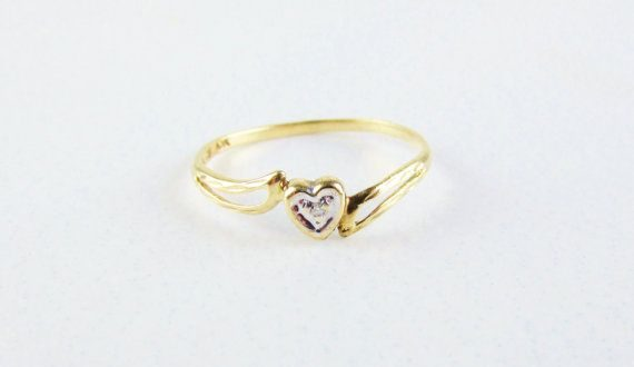 Vintage 10k Gold Heart Ring with Diamond Chip, White Gold Accents .