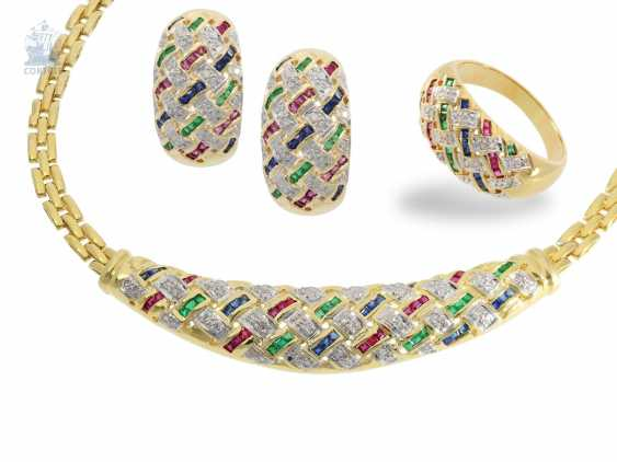 Ring/earrings/necklace: modern and very decorative Italian jewelry .