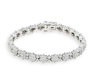 Rent Jewelry: Diamond Bracelets w/Flower-Pattern in White Go