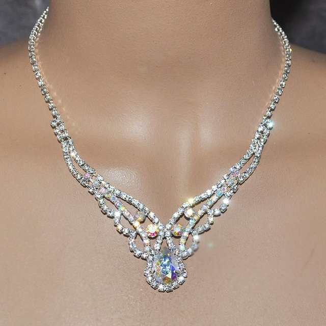Bridal Rhinestone jewelry necklace earrings sets with Clear .