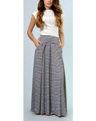 Can't Miss Bargains on Lila Kass Women's Maxi Skirts black - Black .