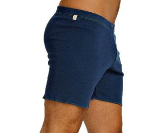 The best types of men's yoga shorts - StyleSkier.c