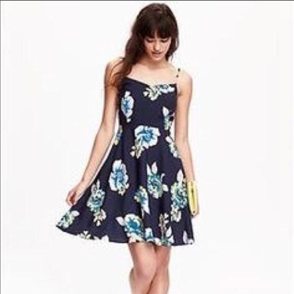 Old Navy Dresses | Navy Floral Dress | Poshma