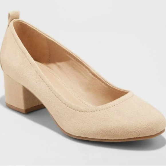 Shoes | Womens Size 65 Nude Color Heels Suede | Poshma
