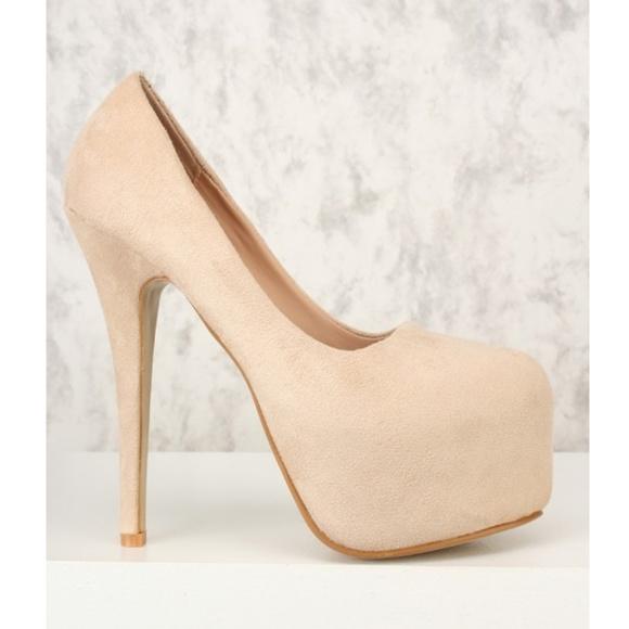 Shoes | Nude Colored Heels | Poshma