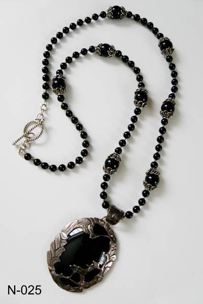 Varvara Harmon - Jewelry - N-025 - Sterling Silver & Black Onyx .