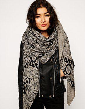 Trendy ways to wear oversized scarfs - StyleSkier.c