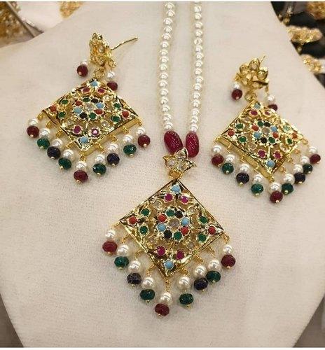 Pearls Jewellery at Rs 1500 /box | Pearl Jewelry | ID: 211391637