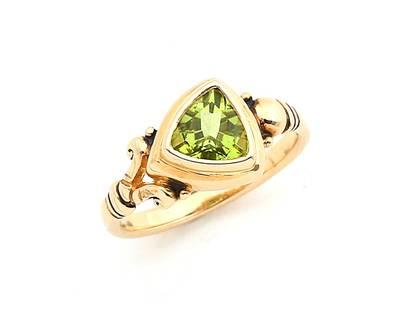 Pet 907 14k Yellow Gold Peridot Ring | Petro's Jewele