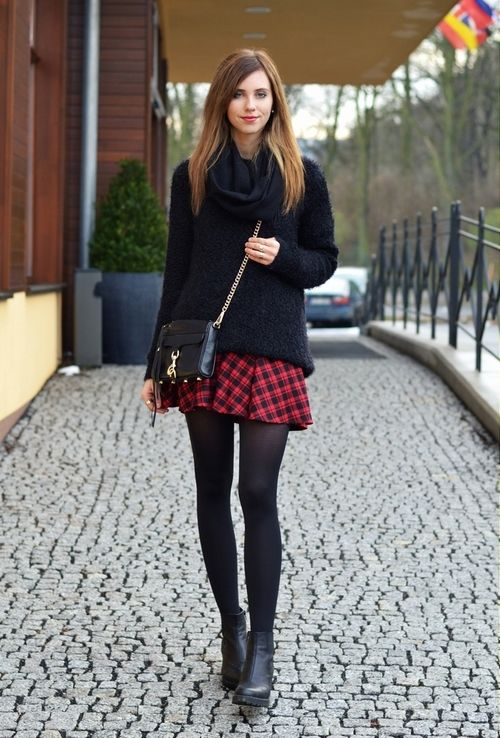 PLAID SKIRT … | Red plaid skirt, Plaid skirt outfit, Plaid skir