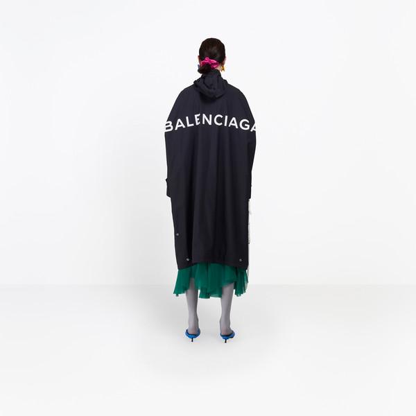 Opera Rain Coat for Women | Balencia