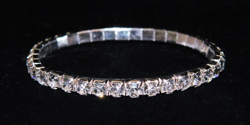 The aesthetics of rhinestone bracelets - StyleSkier.c