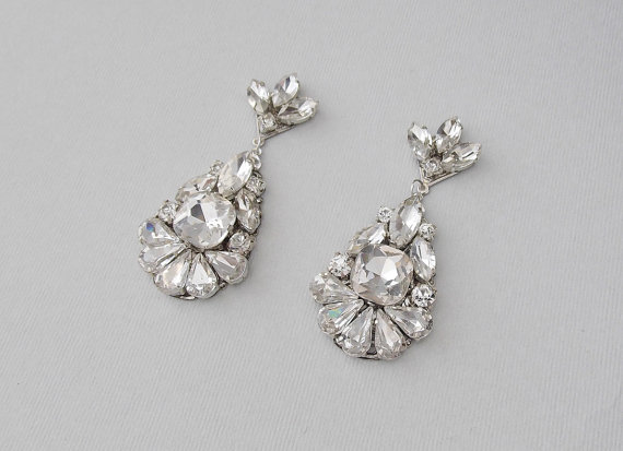 Wedding Earrings - Chandelier Bridal Earrings, Vintage Style .