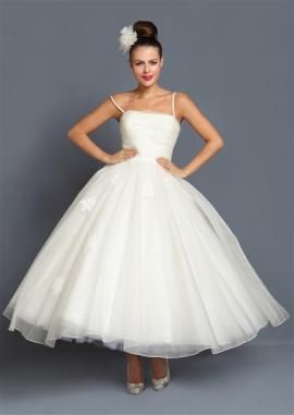 Get rockabilly wedding dress to highlight the Occasion .