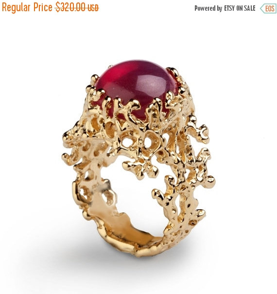 20% Off SALE - CORAL Yellow Gold Ruby Ring, Red Ruby Ring, Gold .