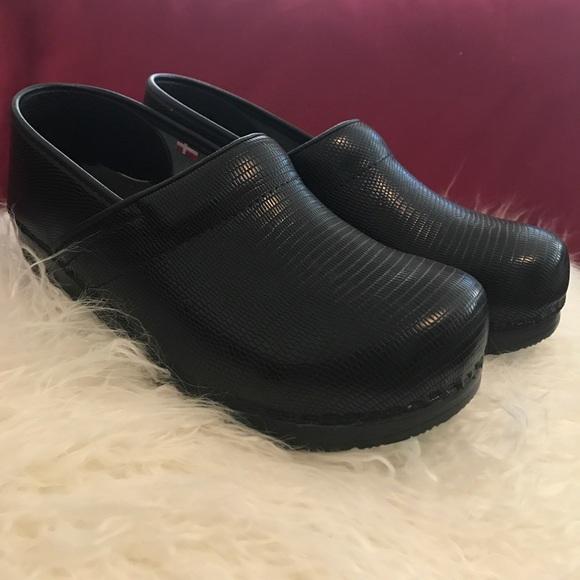 Sanita Shoes | Clogs The Original Danish Clogs | Poshma
