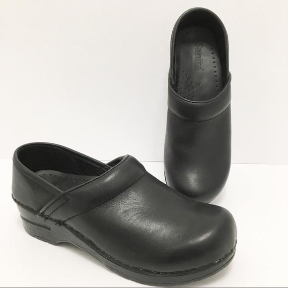 Sanita Shoes | Black Leather Womens Clogs Size 37 | Poshma