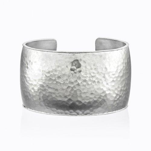 Chandni Cuff Bracelet in Sterling Silver - Wide | Legend Amrapa