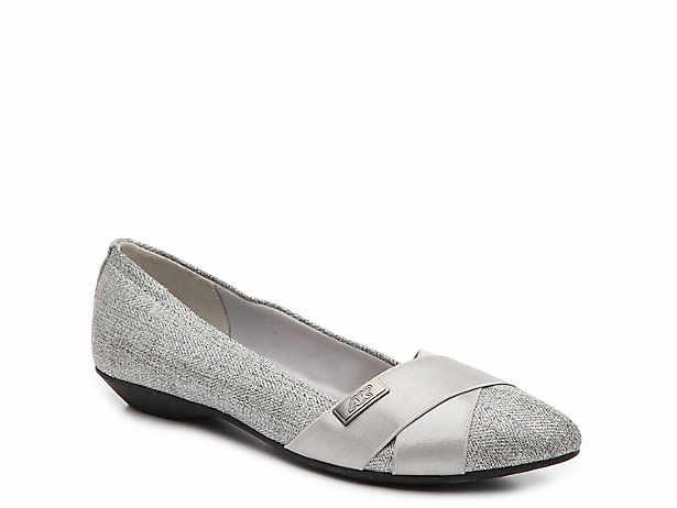 Women's Silver Flats | D