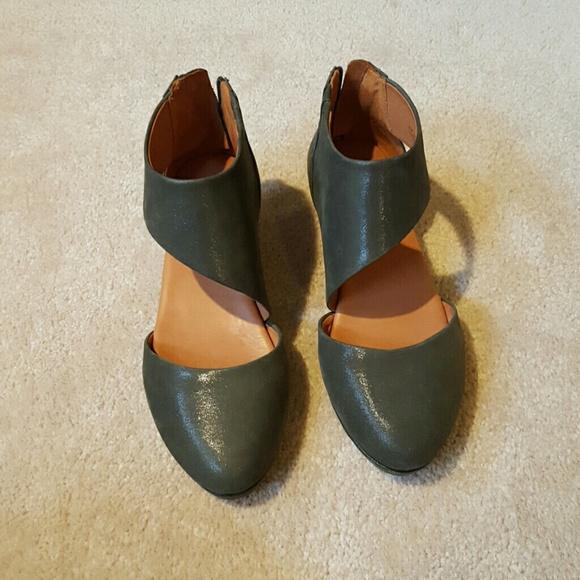 Kenneth Cole Shoes   Like New Gentle Souls   Poshma