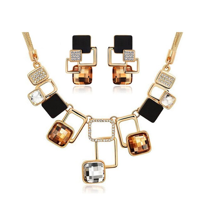 Trendy Jewelry sets New Fashion Gold color Filled Rhinestone .