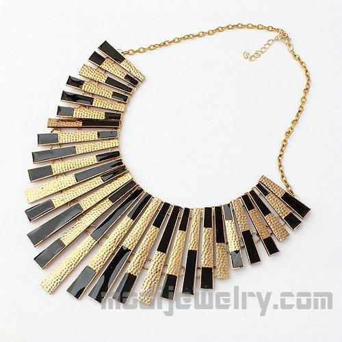 Fashion Jewellery: Trendy Fashion Jewellery Onli