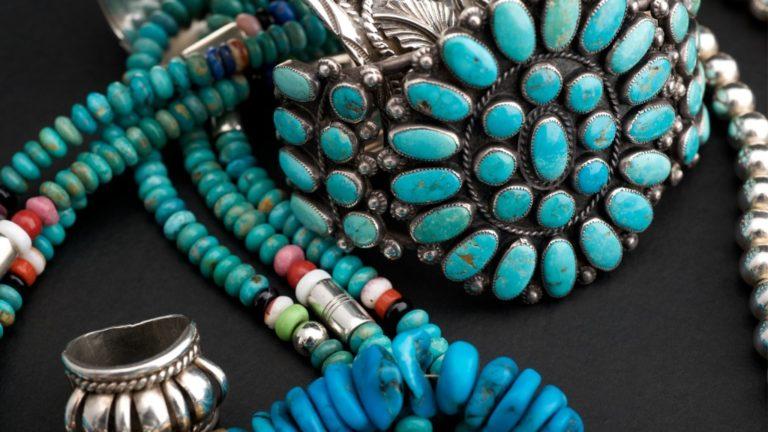 Beautiful and Powerful: The Healing Properties of Turquoise | Ga