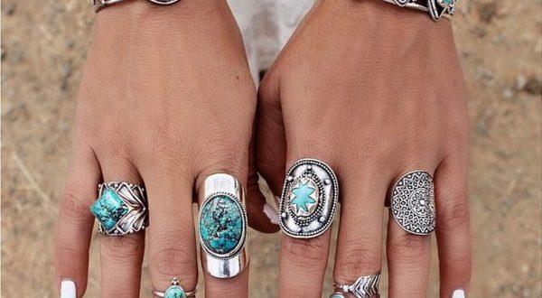 Turquoise Rings: Birthstone Rings We Love | JewelryJealou