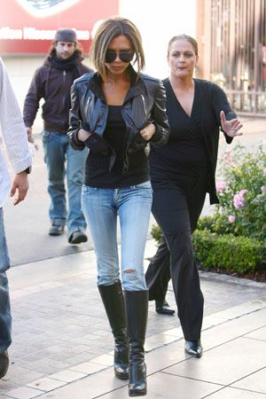 Celeb Trend - Faded Skinny Jeans & Boots | Skinny jeans with boots .
