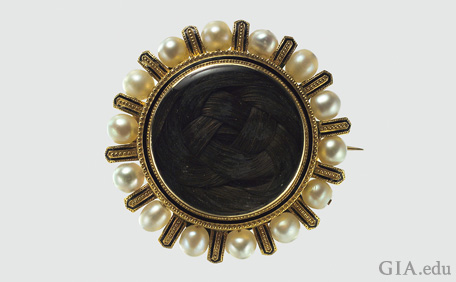 Antique Jewelry: Mourning Jewelry of the Victorian E